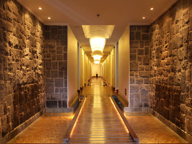 Galle Face Hotel is a hotel in Colombo