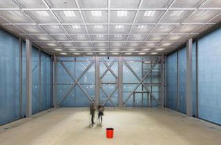 (Exposition 'Mémoires vives' à la Fondation Cartier / Ballade pour une boîte de verre de Scofidio & Renfro / Photo : © Luc Boegly)