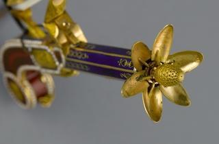 (Anonyme, 'Pistolet à parfum', c. 1790 / © Musée Cognacq-Jay / Roger-Viollet )