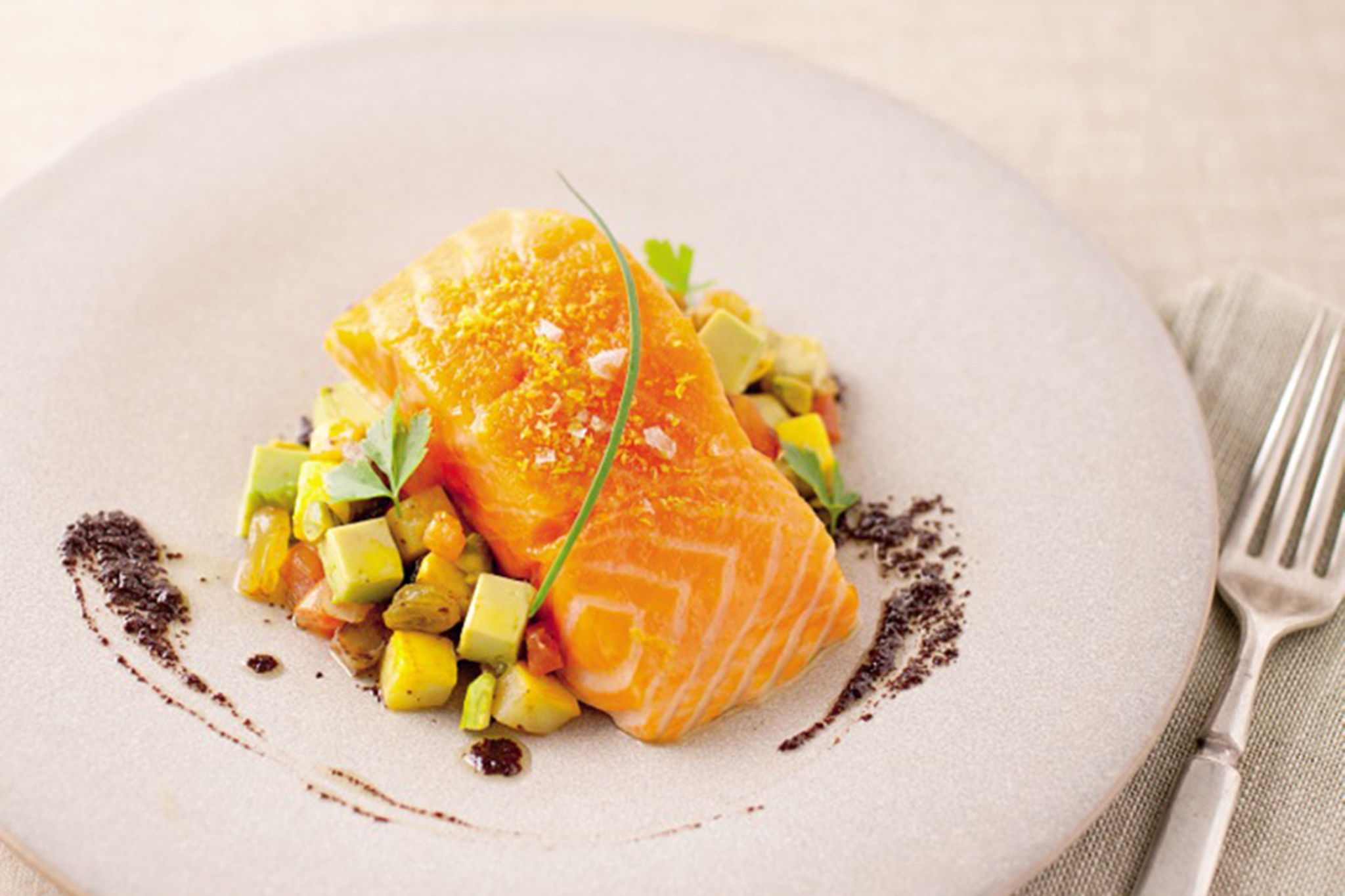 Slow-cooked salmon with pistachio pesto