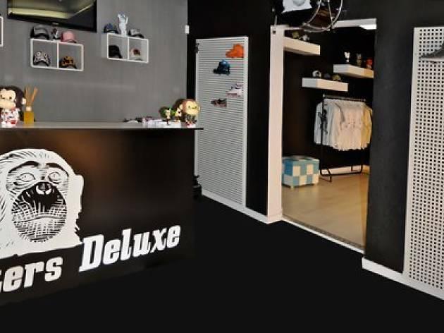 Sneakers Deluxe