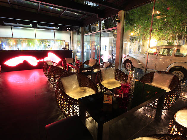 Zaza Bar is a bar in Casa Colombo