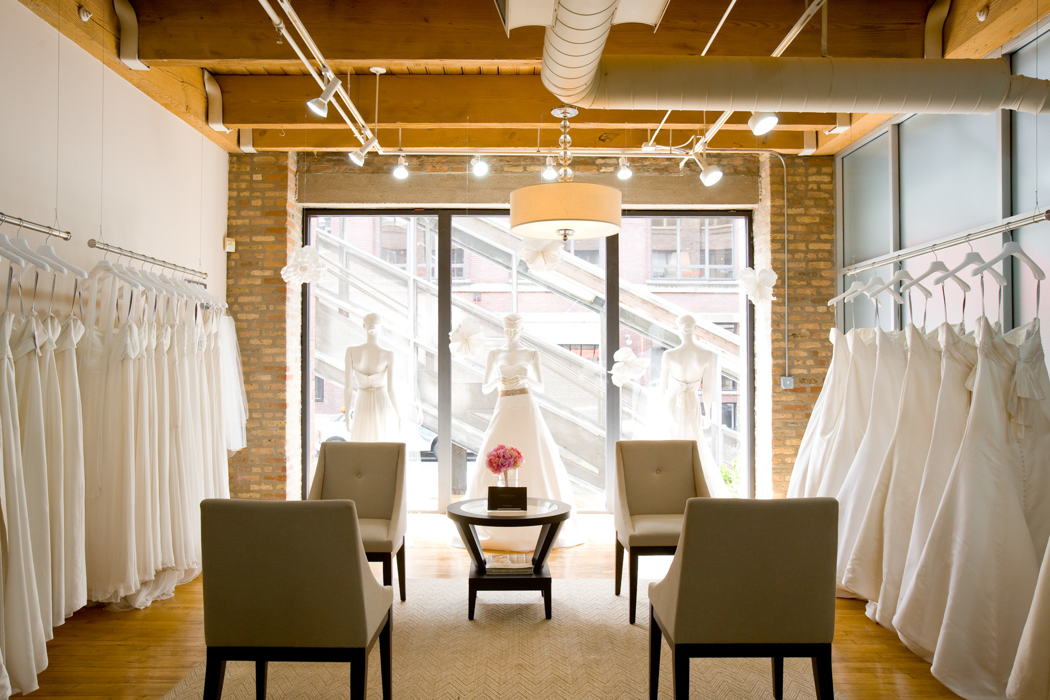 Bridal Shops In Chicago For The Perfect Wedding Dress
