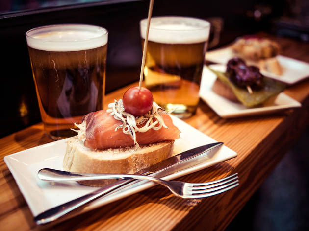 Get free tapas in these bars