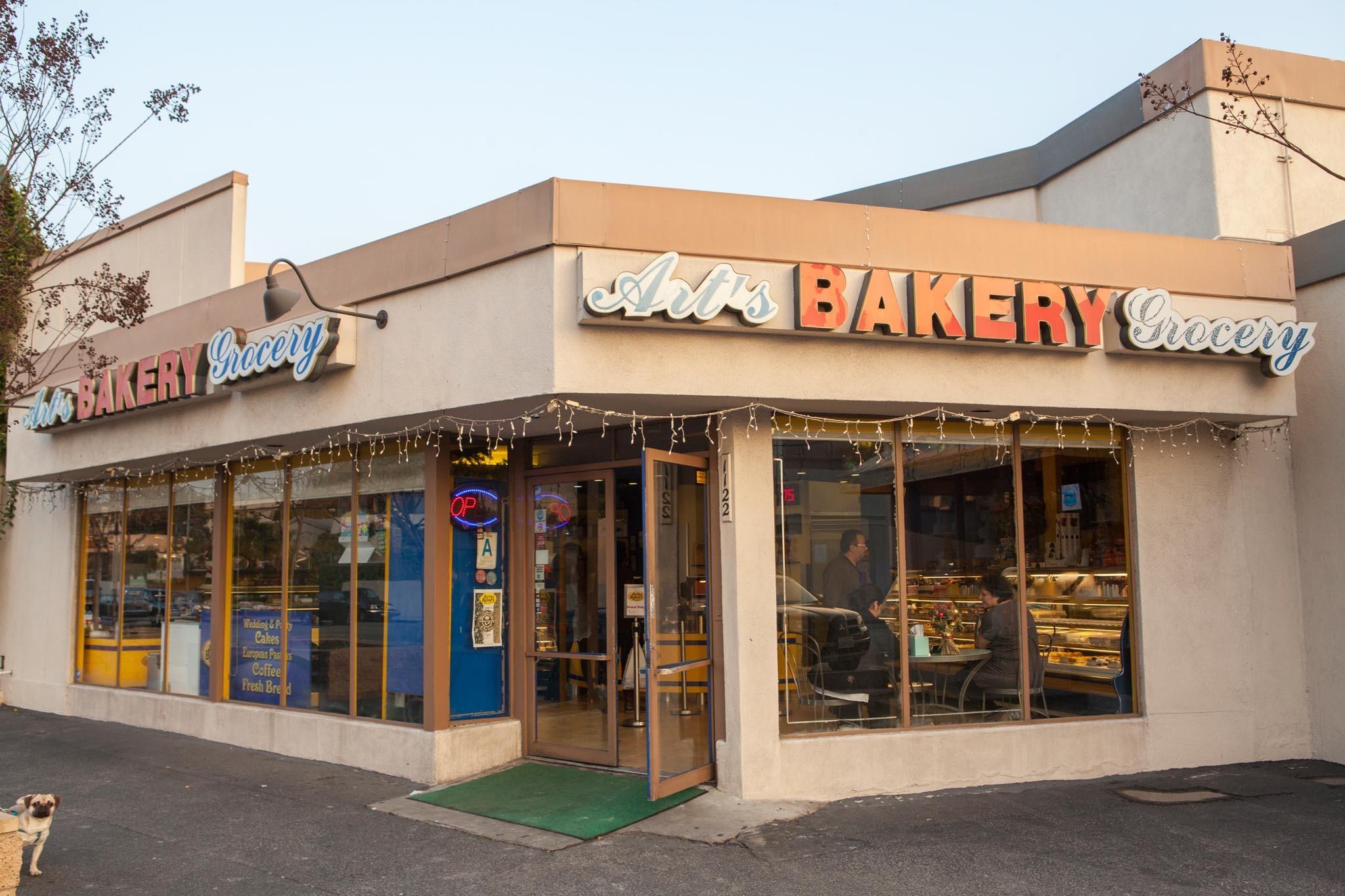 Art's Bakery
