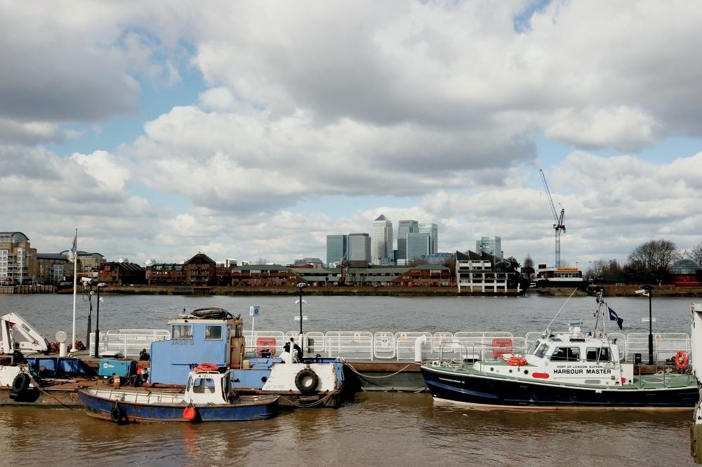 Thames river pirates