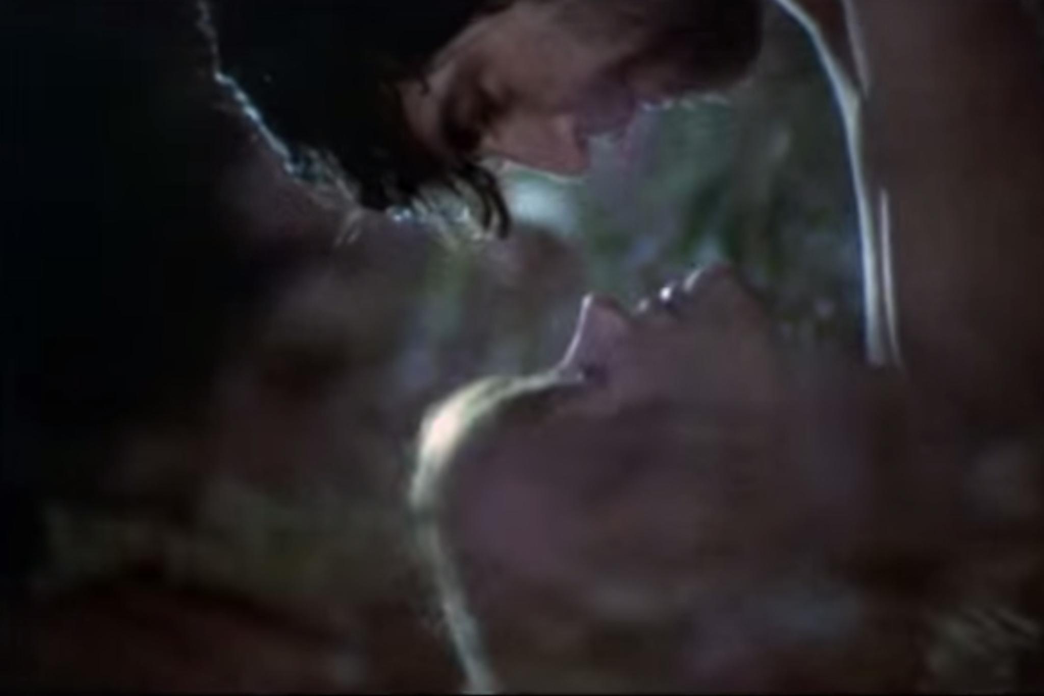 100 sex scenes, Women in Love