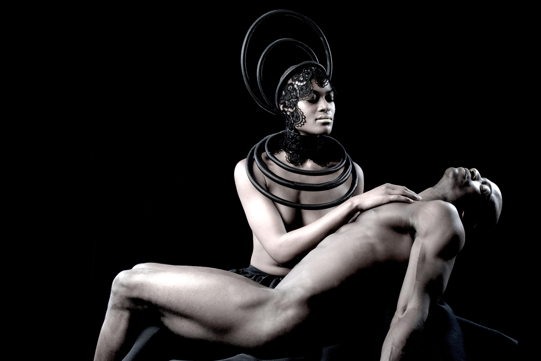 """""""Art & AIDS: Amor y Pasión"""""""