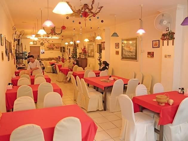 Laguna Restaurant