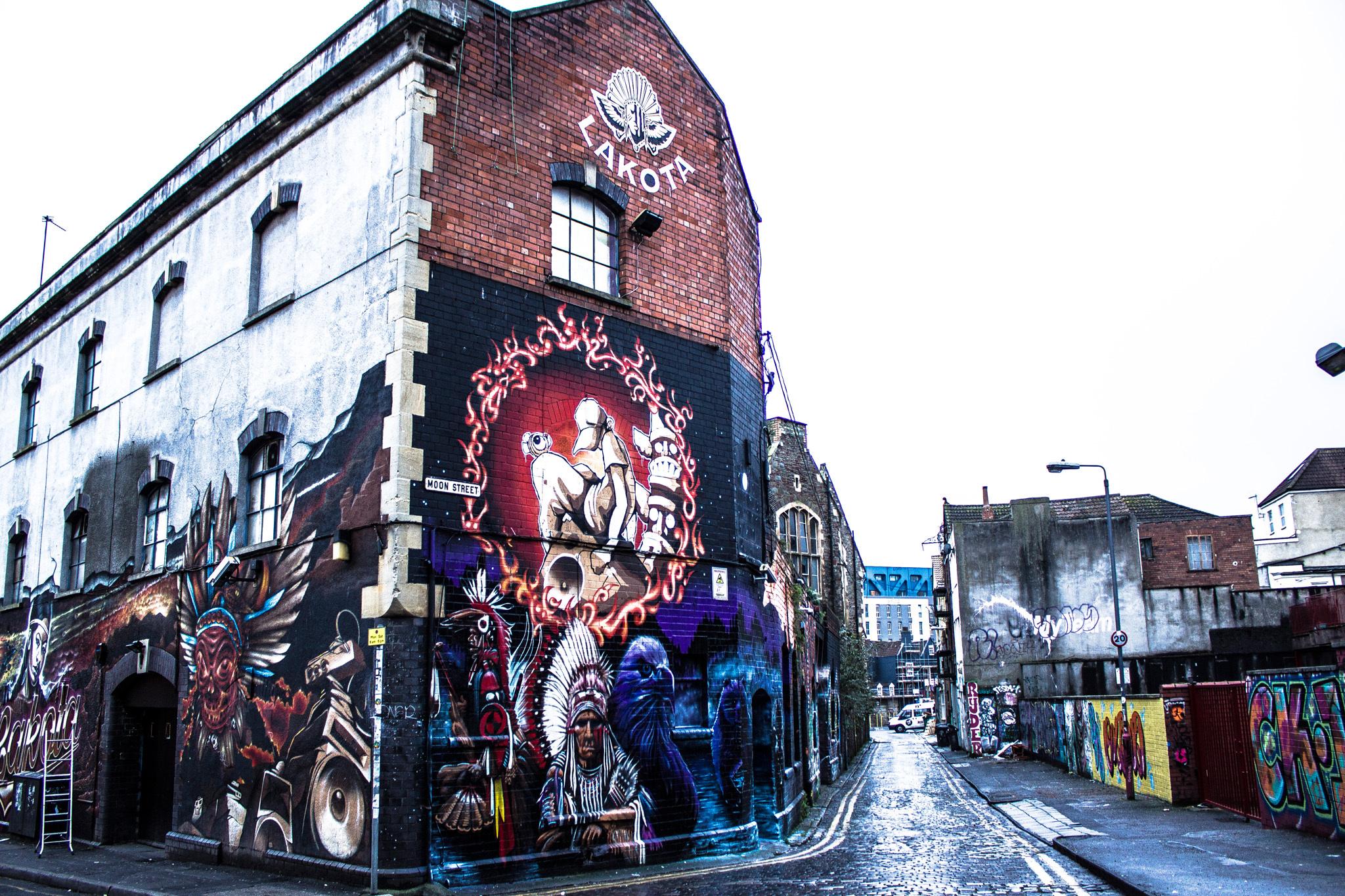 Lakota, Bristol