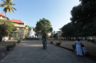 Bellanwila Temple is a temple in Colombo