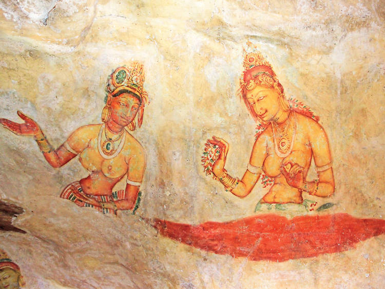 Ancient sites and historical places to visit in Sri Lanka