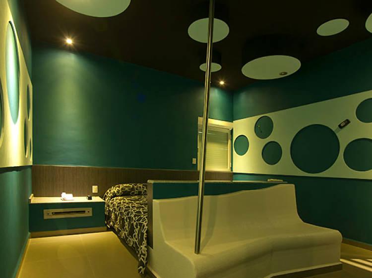 Ke Color Suites
