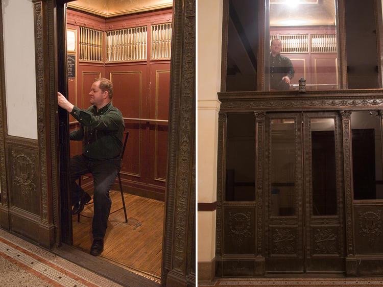 Manned elevator: Fine Arts Building