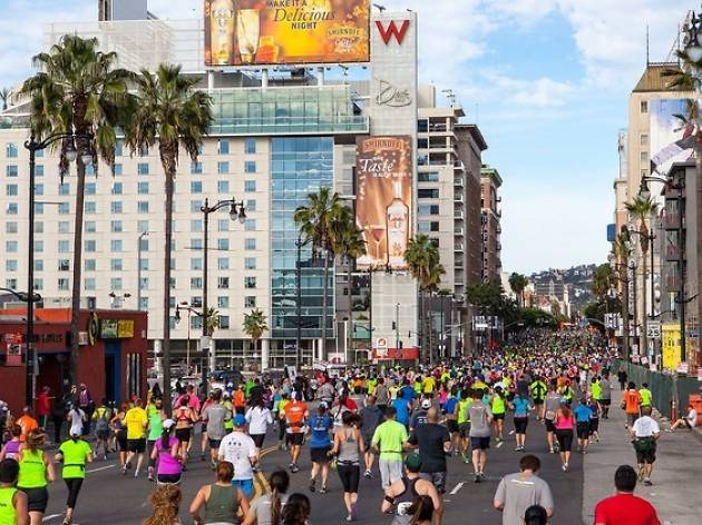 9 tips for spotting your runner at the LA Marathon