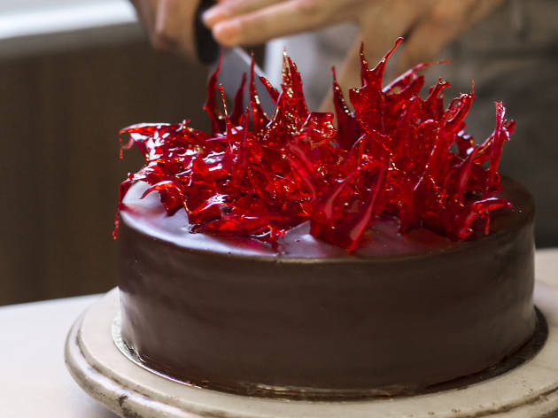 What Icing Goes Best With Devil S Food Cake