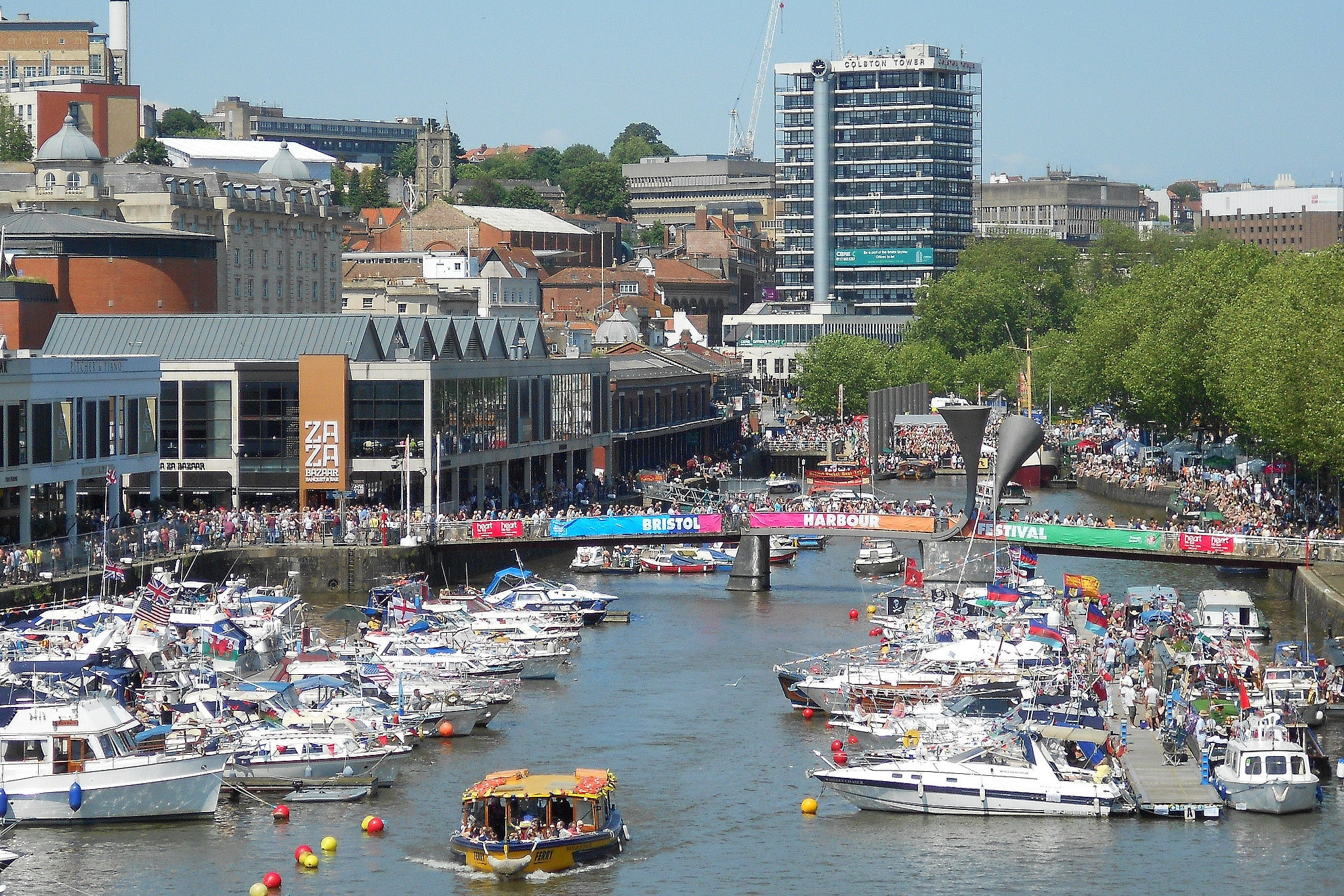 Bristol Harbour, Harbourside