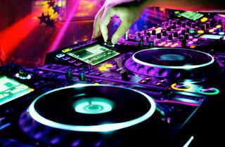 DJ mixing, CDJs