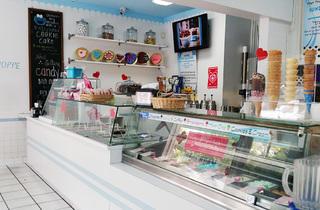 Whip 'n Dip Ice Cream Shoppe