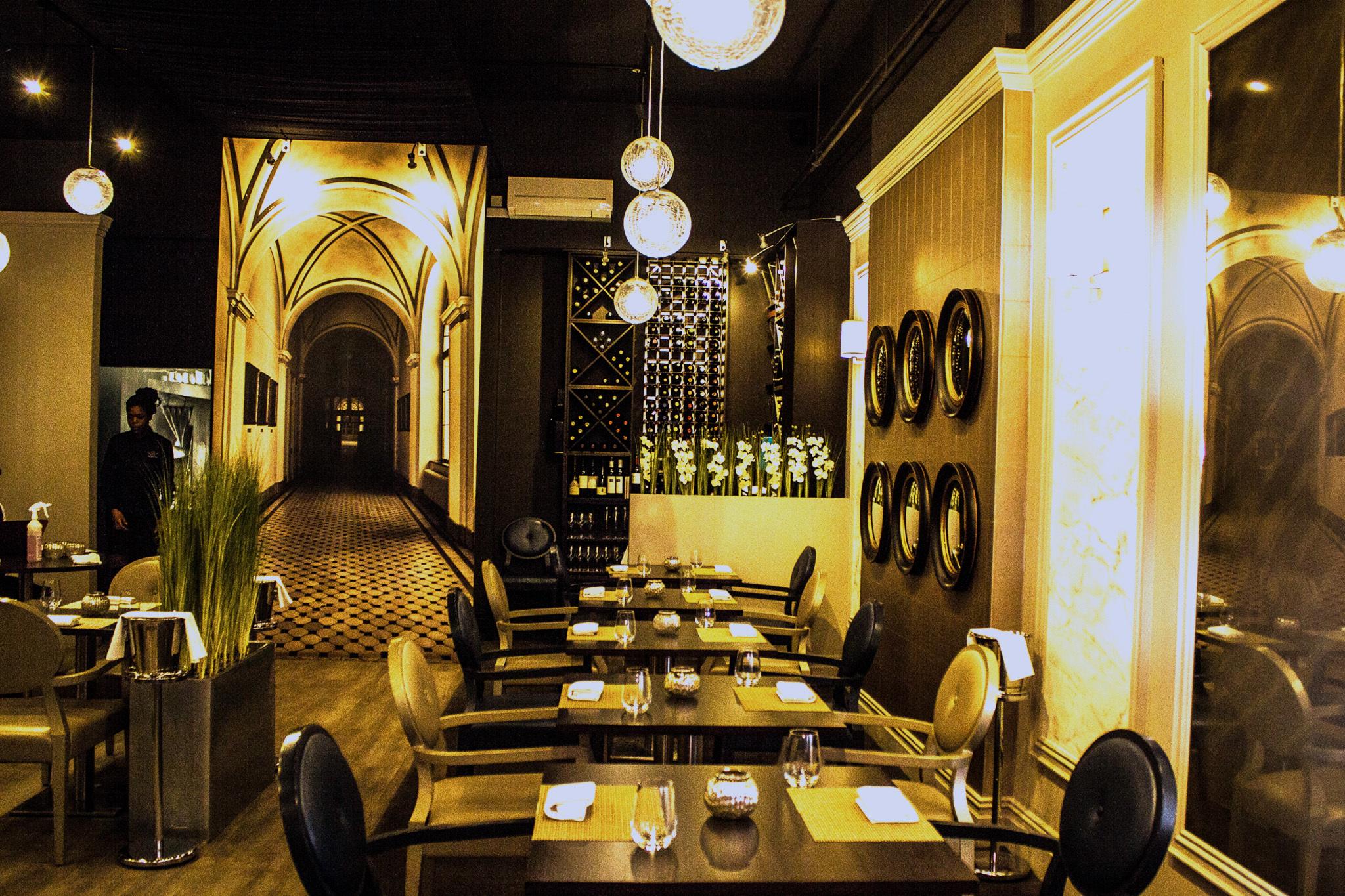 adam's, restaurant