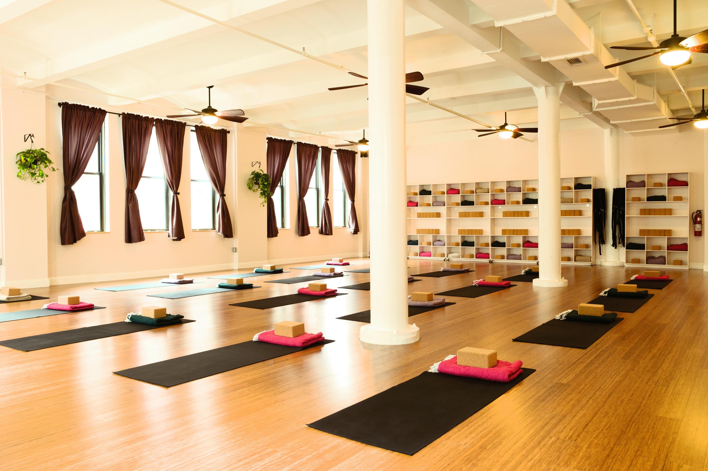 Yoga Vida, 15 amazing workouts for Valentine's Day