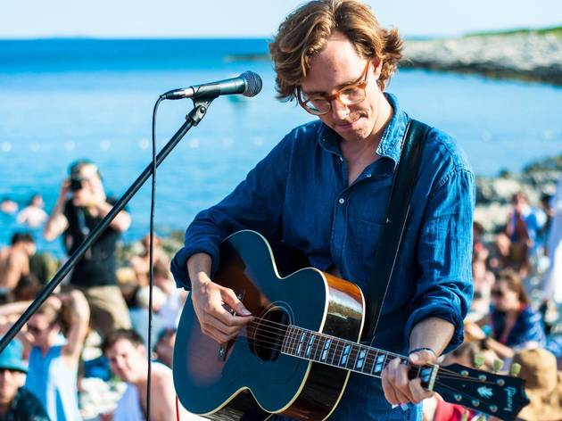 Upfront presents Erlend Øye and The Rainbows