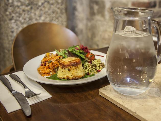 Café Below Top 10 best cheap Breakfasts in London