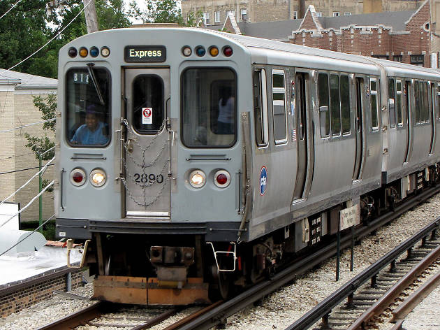 A CTA Purple Line Express train