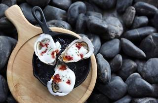 Sear - seasonal oysters