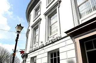 Pure Bar & Kitchen, pub