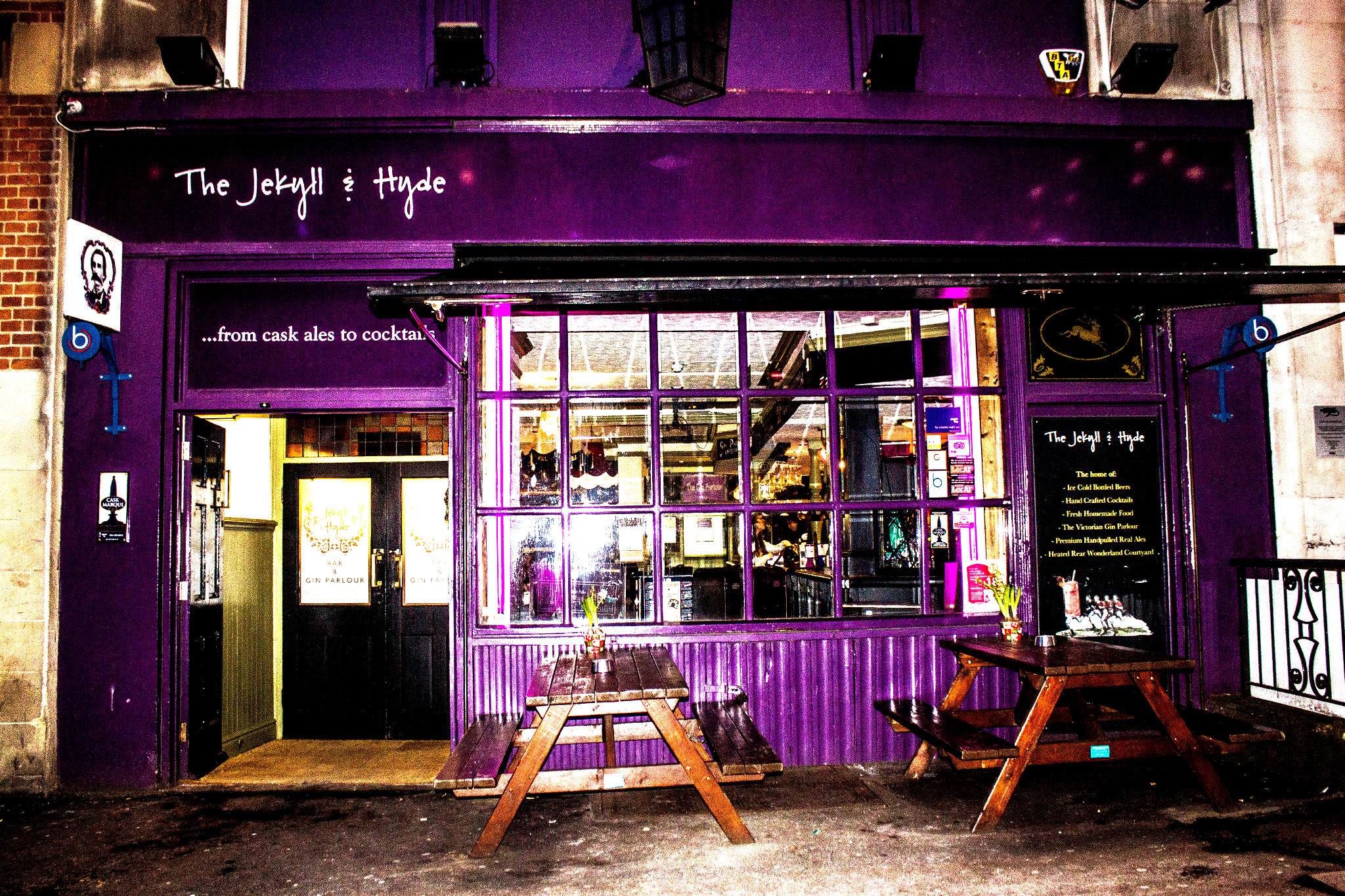 The Jekyll & Hyde, pub