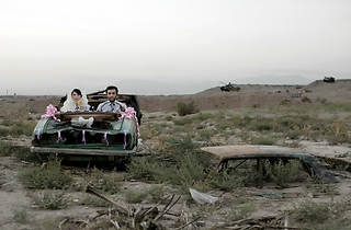 (Gohar Dashti, 'Today's life and war', 2008 / © Gohar Dashti / Institut des Cultures d'Islam)