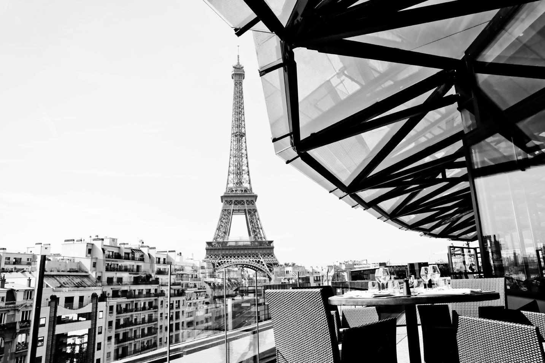 Restaurant En Hauteur Avec Vue Sur Paris