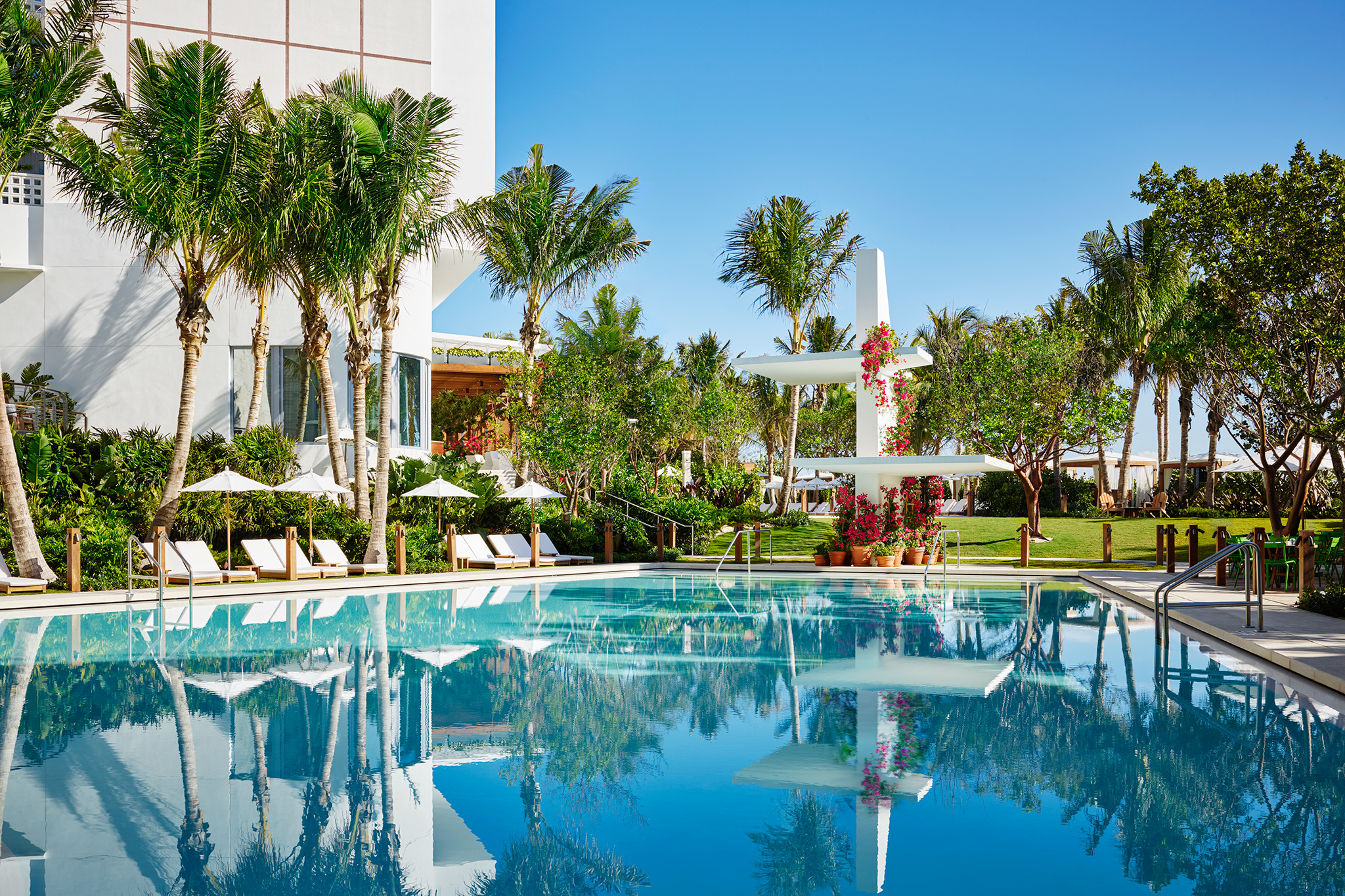 11 Best Swimming Pools In Miami For Splashing And Relaxing