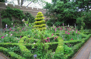 (The Garden Museum)