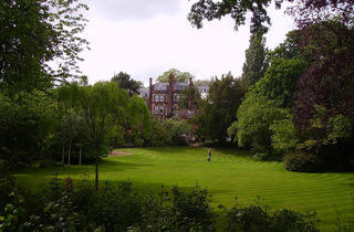 (Gainsborough Gardens)