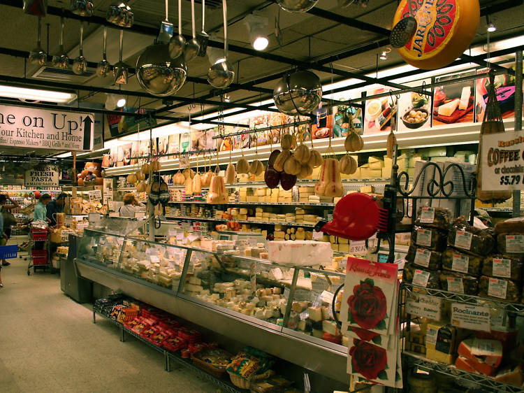 Check out the best grocery stores in New York