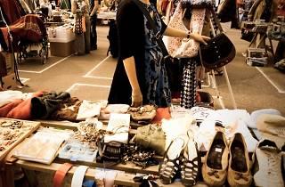 garage sale, flea market
