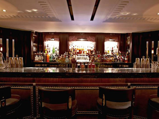 The Luggage Room Bars And Pubs In Mayfair London