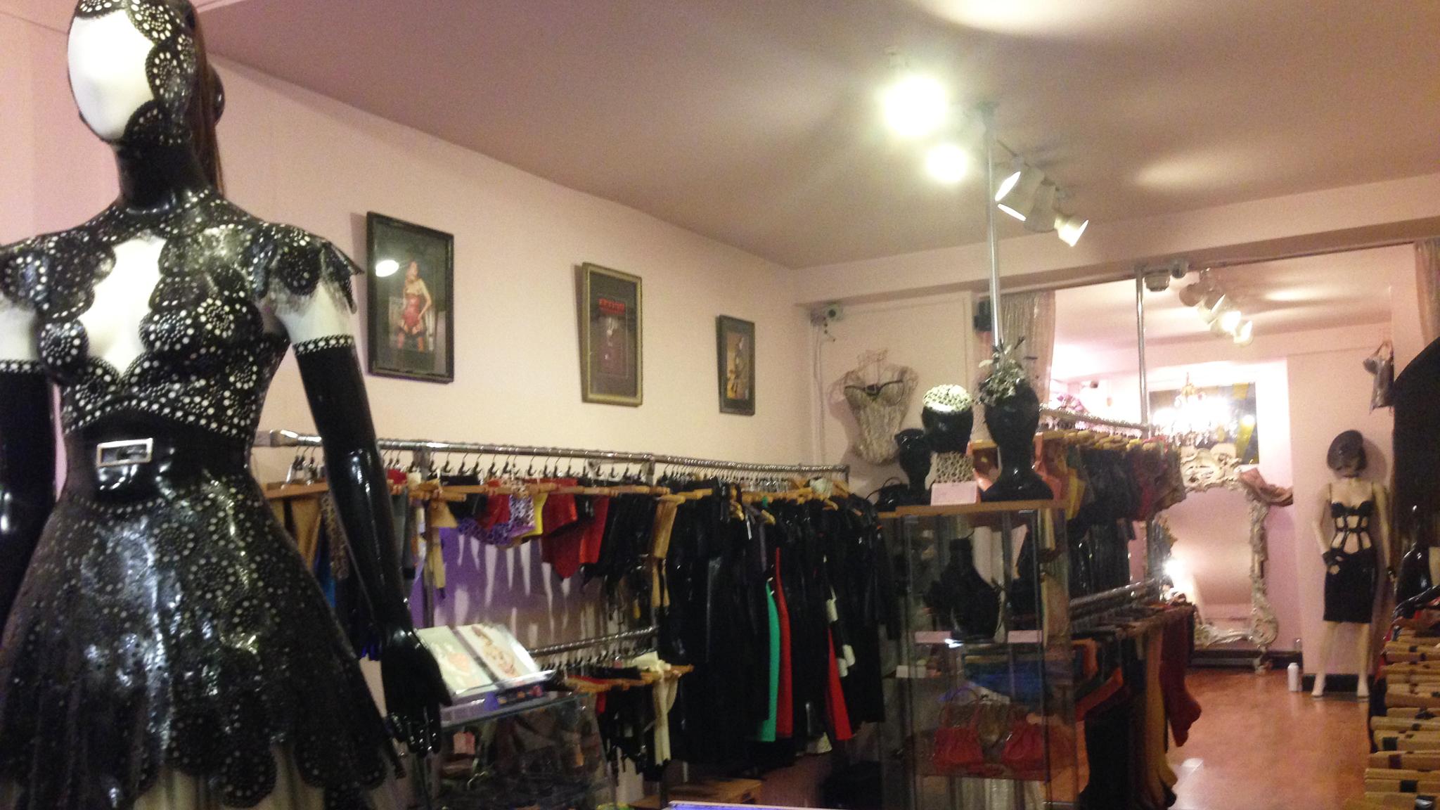 Ont pleasure shop london