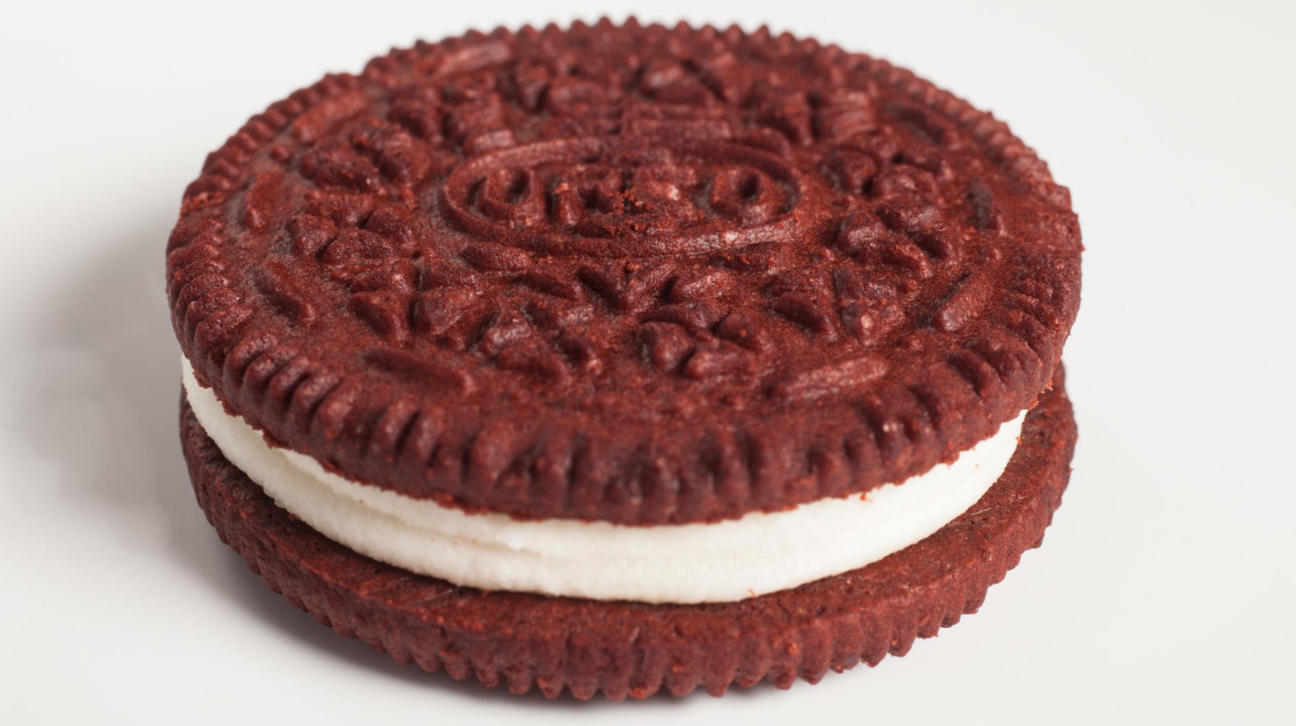 Red Velvet Cake Red Stool