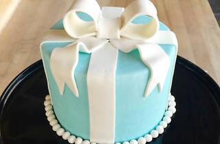 Tiffany Bow Cake Class