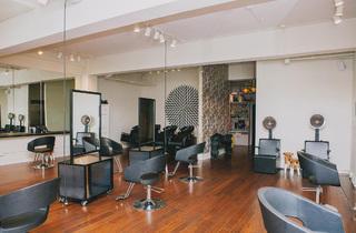 Barrow Salon