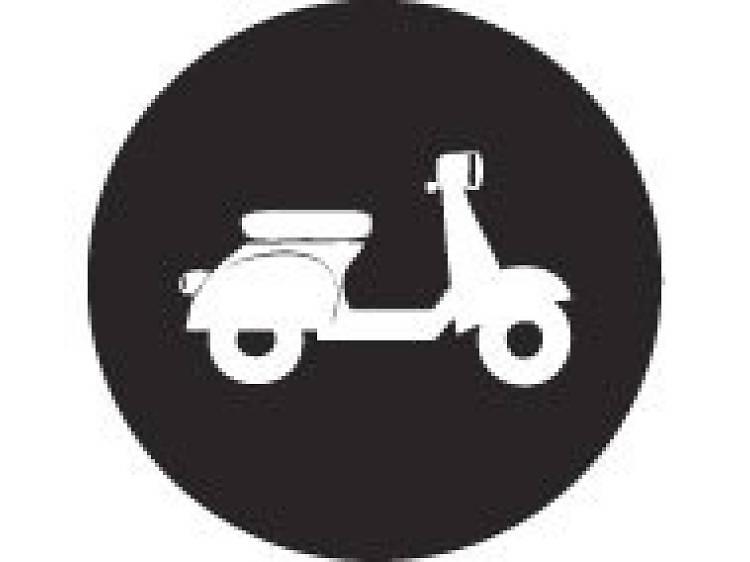 Marzo: Arranca el programa beta, con 48 scooters y 16 estaciones.