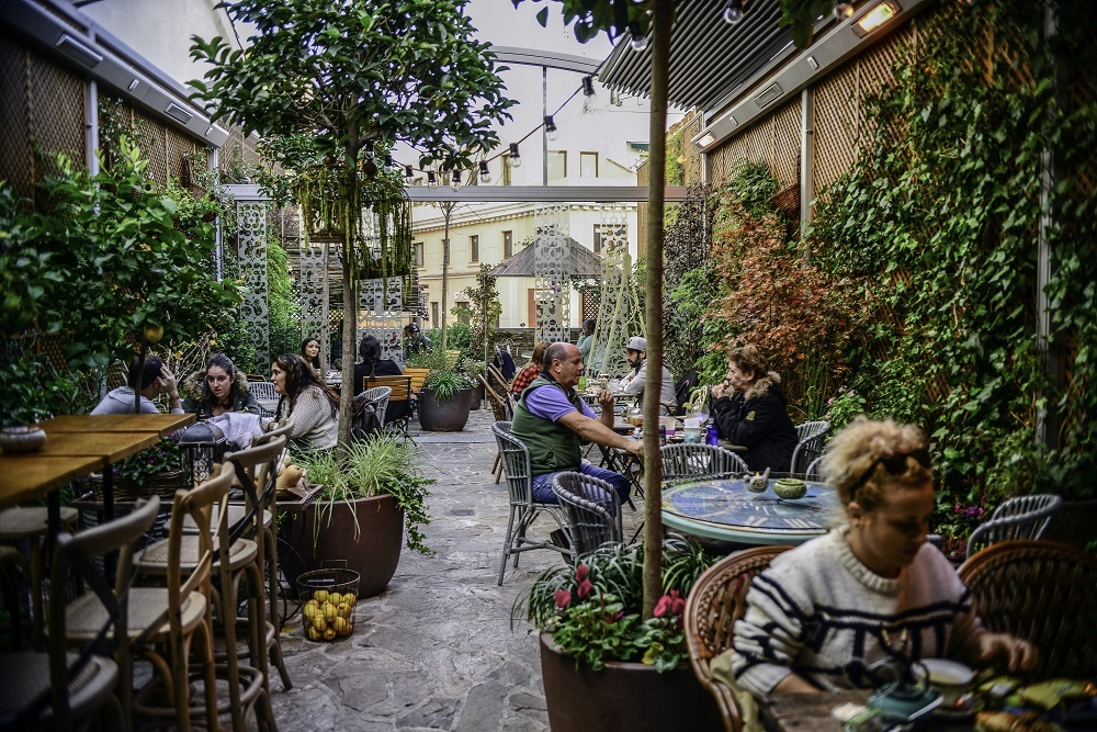 Secret madrid 21 of the city 39 s hidden gems for Jardin secreto montera