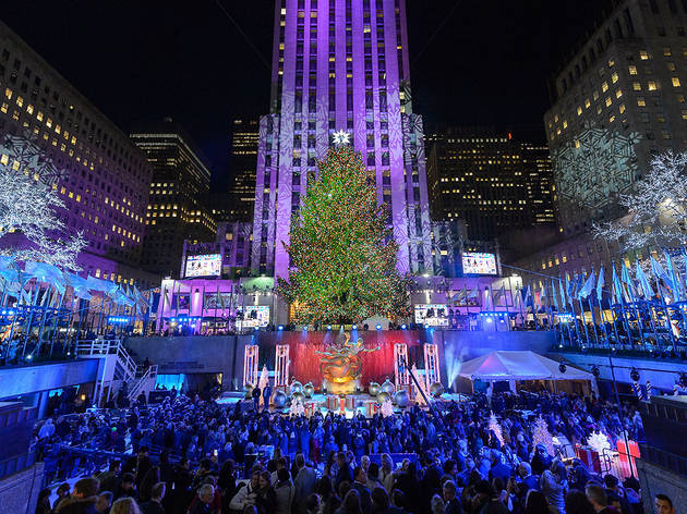 11 things you should know about the Rockefeller Center Christmas Tree - Rockefeller Center Christmas Tree In NYC Guide