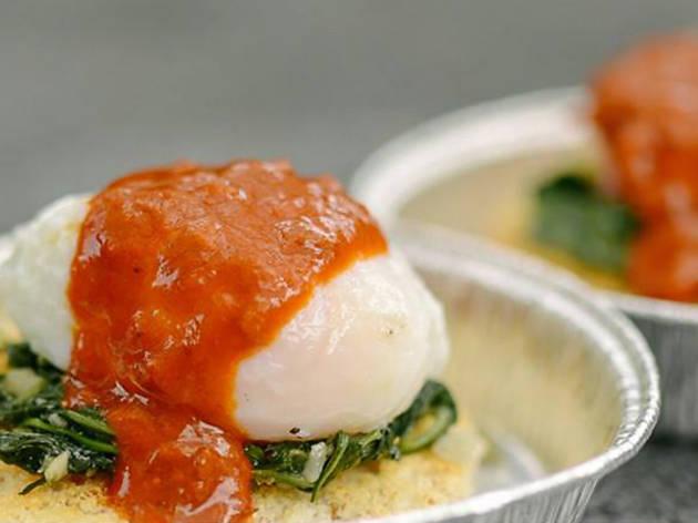Kerbside Gourmet - Egg Benedict