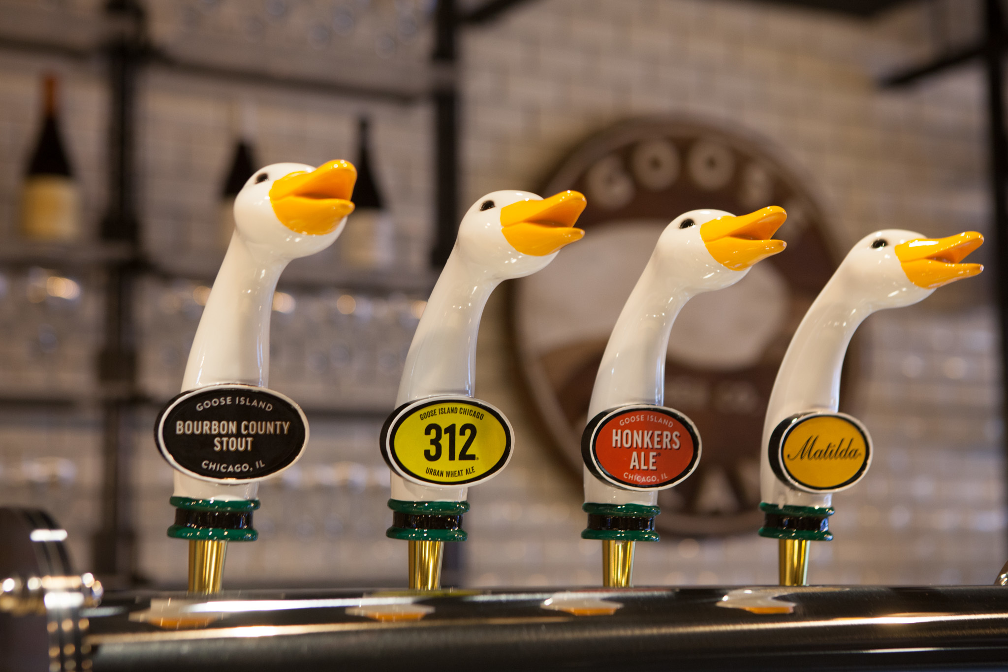 These Chicago breweries are hosting virtual happy hours and tastings