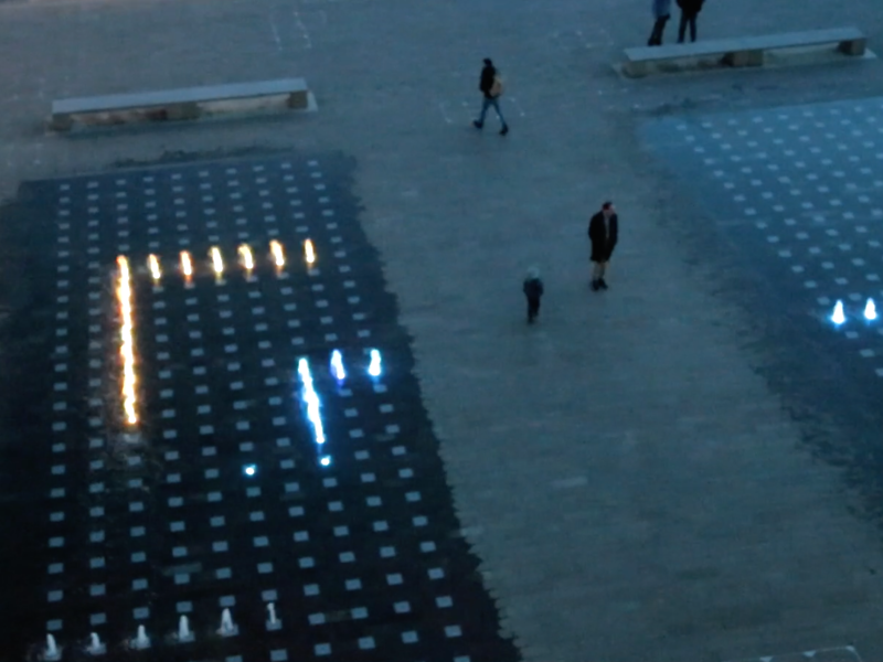 You can play 'Snake' on the Granary Square fountains