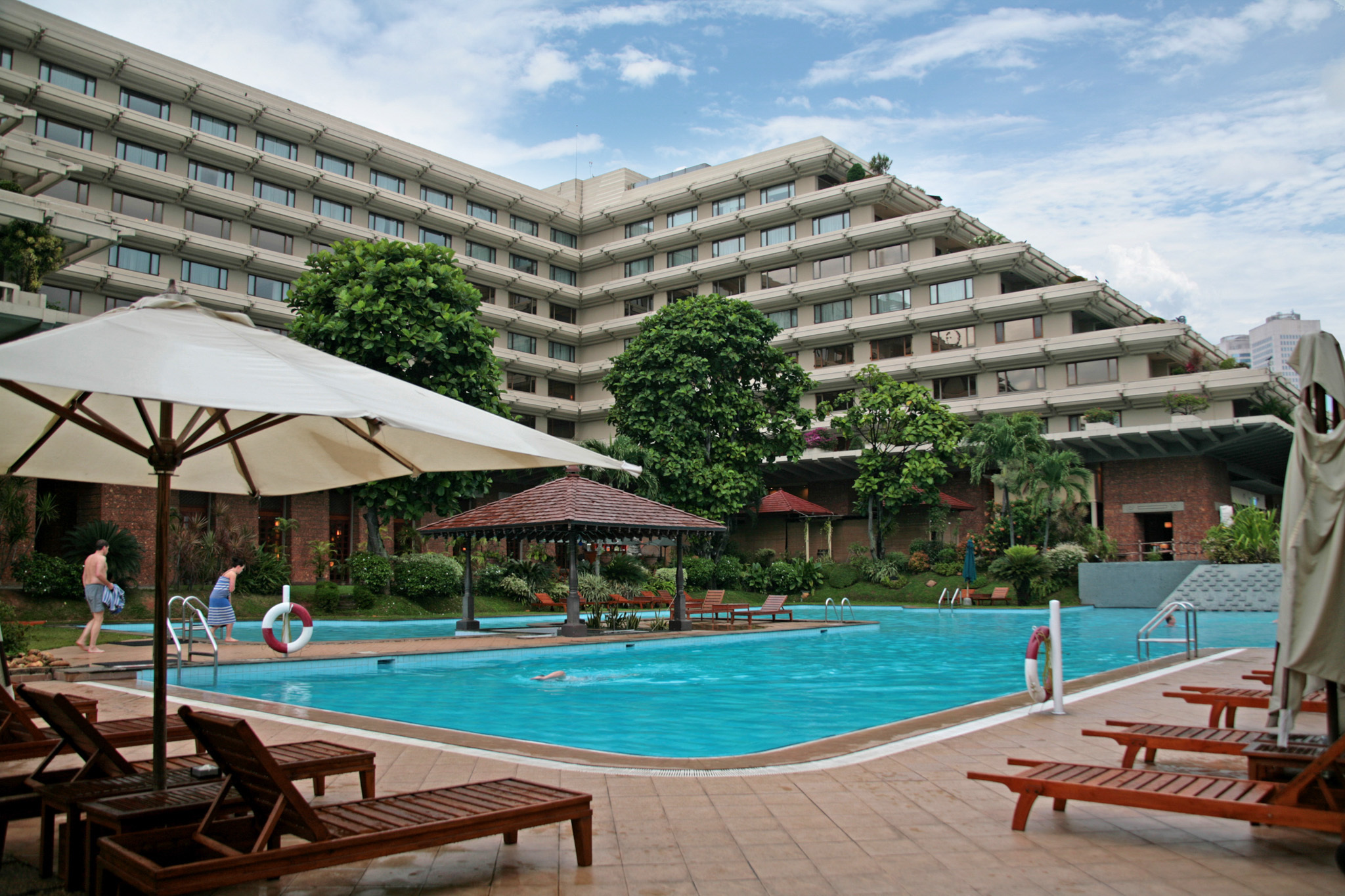 Thompukandam Village Resort is a hotel in Ampara